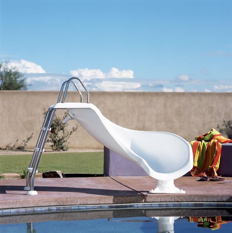 Zoomerang swimming pool slide interfab pool slide pool for Swimming pool slides