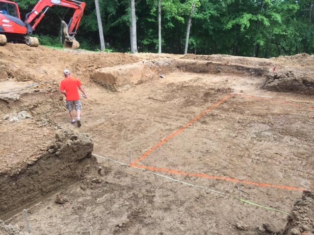 digging-a-inground-swimming-pool