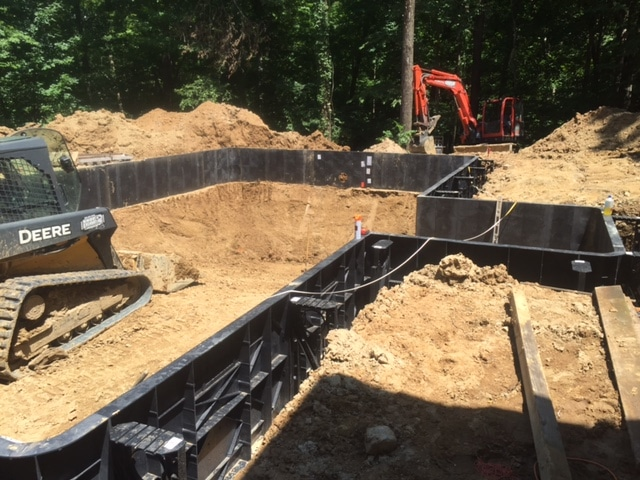 in-ground-swimming-pool-kit-construction