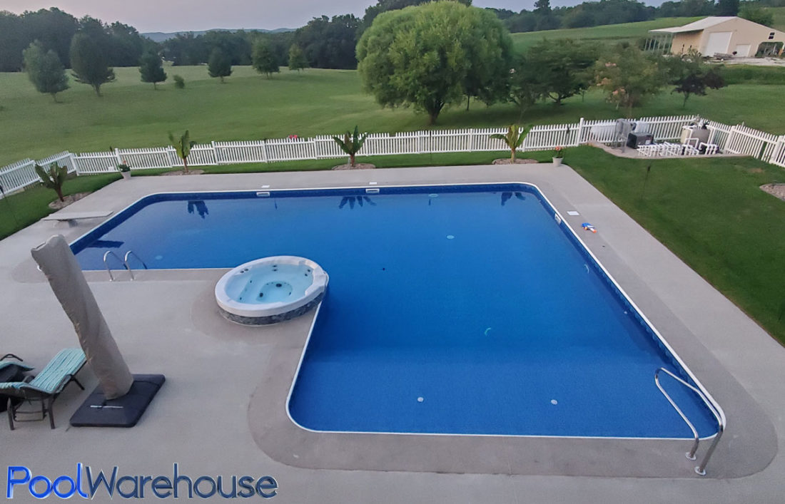 L Shaped Pool With Hot Tub