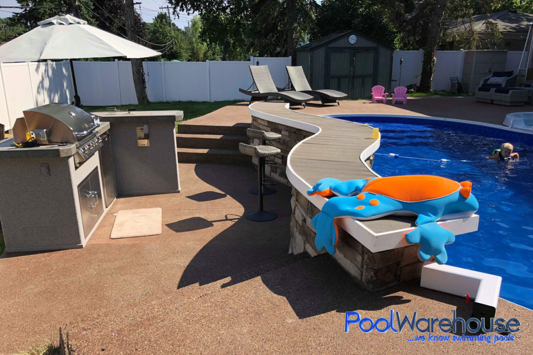 Wilds Family Michigan Swimming Pool Kit Construction