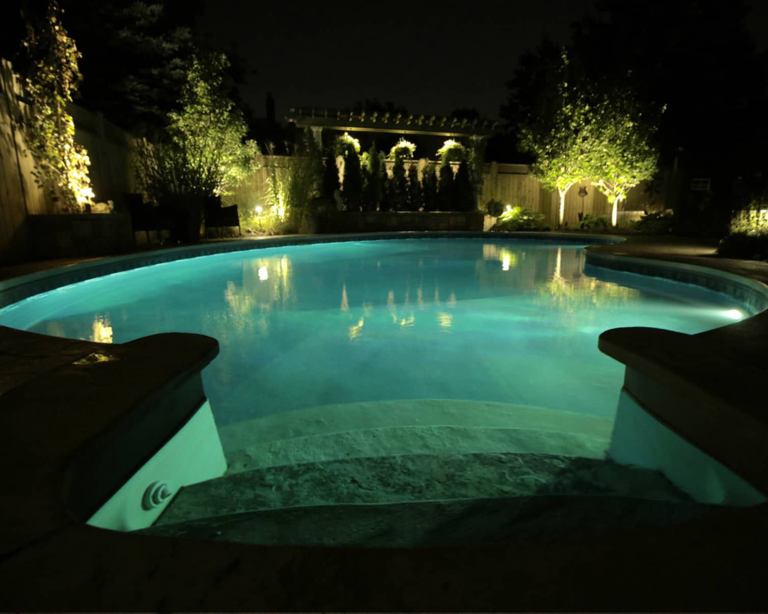 Amoray Retrofit LED Pool Light - Pool Warehouse